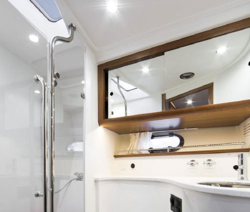 Separate closed head in cabin Inc. Shower electric freshwater toliet
